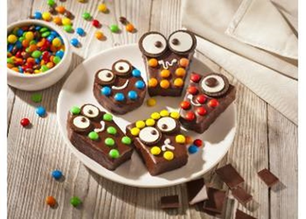 recipe image Brownies au chocolat en forme de petits monstres