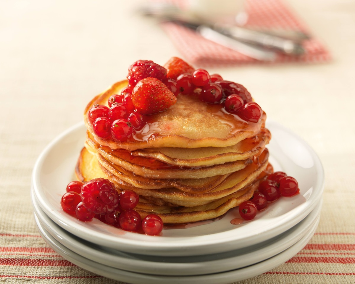 recipe image Pancakes aux fruits rouges et au miel